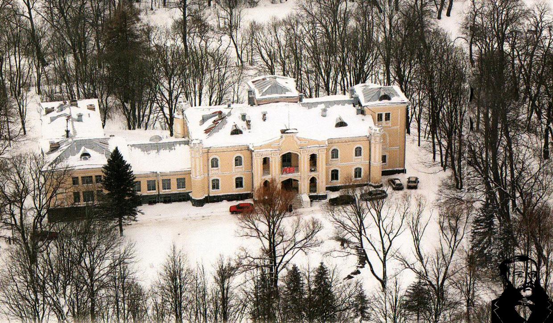 Заметенные снегом Прилуки... Фото из книги Варавва А.Г.