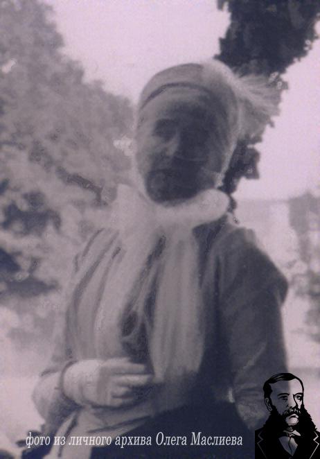 Елизавета-Каролина-Анна фон Гуттен-Чапская в Прилуках в 1903 г.