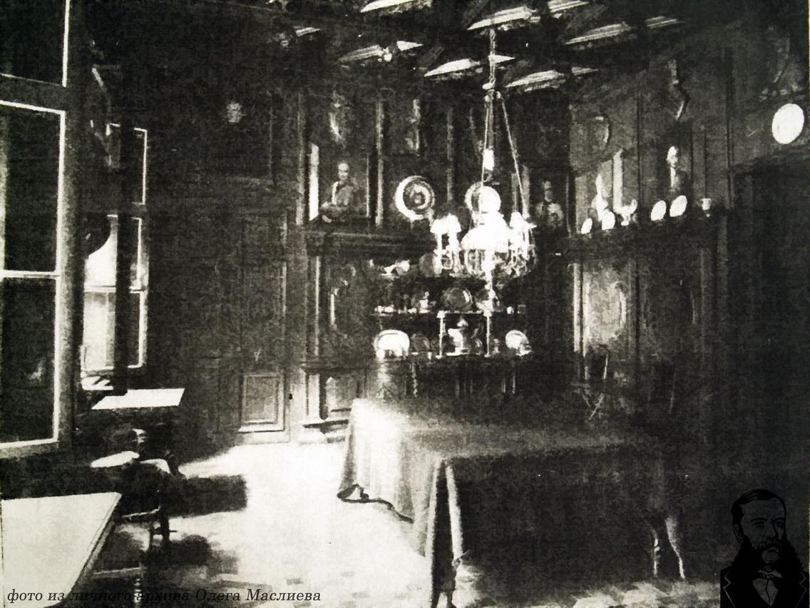 Столовый салон Станьковского дворца,фото 1914 года.